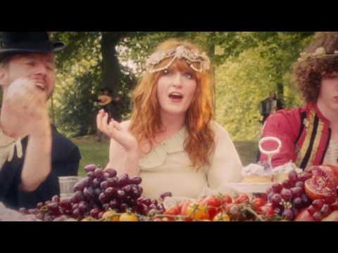 La canción del día: Florence + The Machine – Rabbit Heart (Raise it Up)