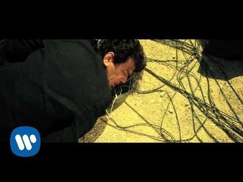 Canción del día: Loquillo – El hombre de negro [Versión 2009]