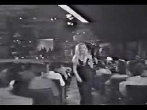 Canción del día: Patty Bravo – Bambola