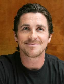 Parecidos entre Christian Bale y la rana Gustavo
