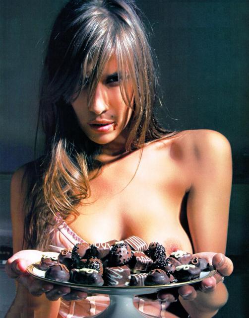 Todas las fotos de Lucia Cabello en Playboy de Marzo