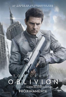 Oblivion con Tom Cruise y Morgan Freeman